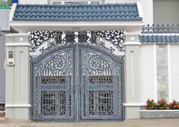 Thiết kế cổng cũng như cửa nhà có vai trò vô cùng quan trọng trong phong thủy