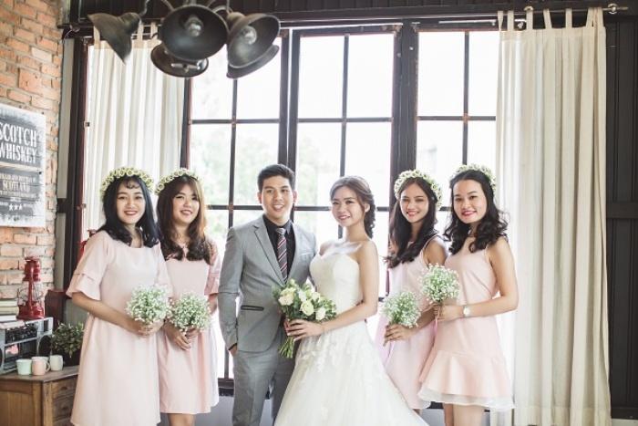 Mộng thấy mình đi chụp ảnh cưới với bạn thân