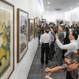 Chiêm bao đi triển lãm tranh gặp người nổi tiếng đặt cược cặp số 03 - 18