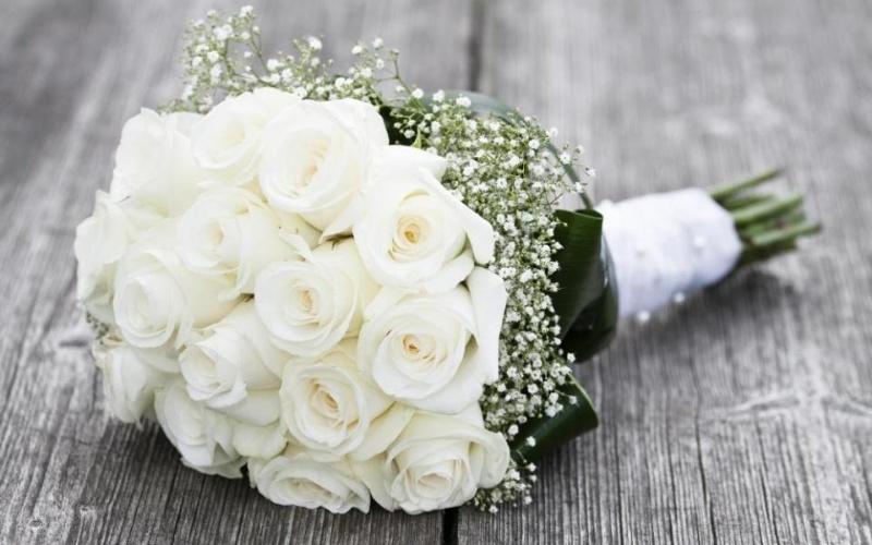 Mơ thấy bó hoa là điềm báo may mắn