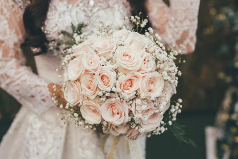Mộng thấy bó hoa cưới là báo hiệu bạn nên lập gia đình